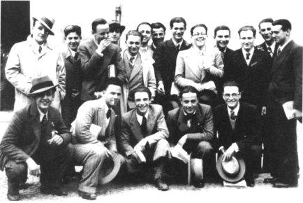 1932/33. Piazzetta Tasso, II liceo.